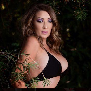 Adelaide female stripper Charlie